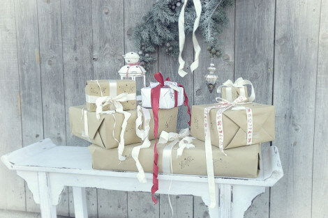 Geschenke verpacken by White and vintage