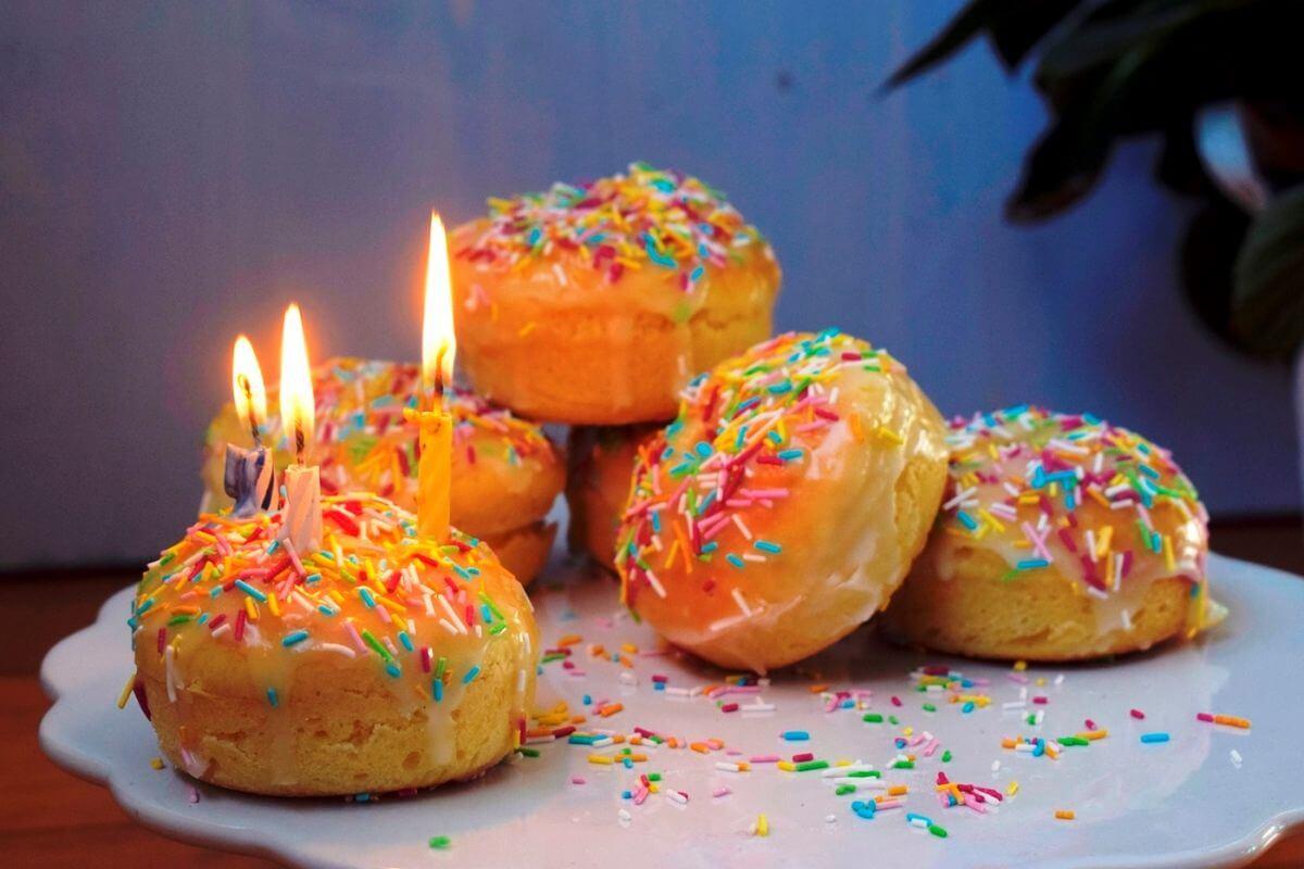 Donuts zum Geburtstag