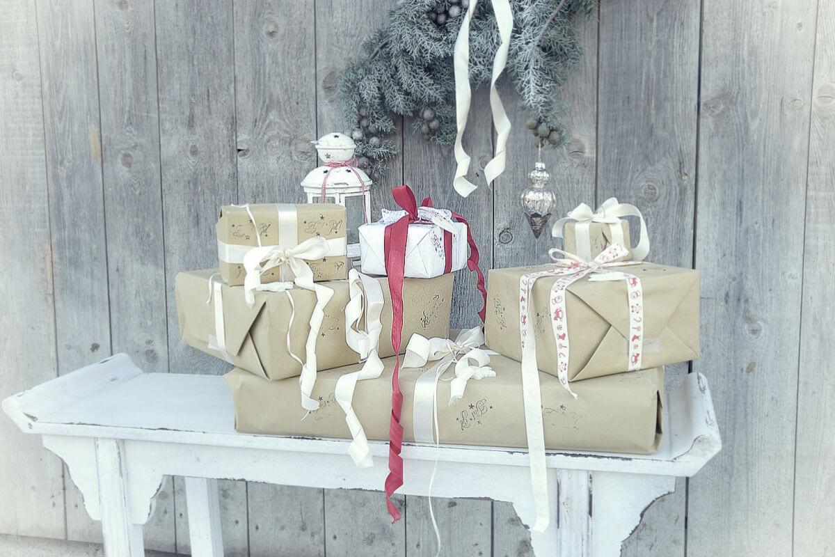 Geschenke verpacken by White and vintage