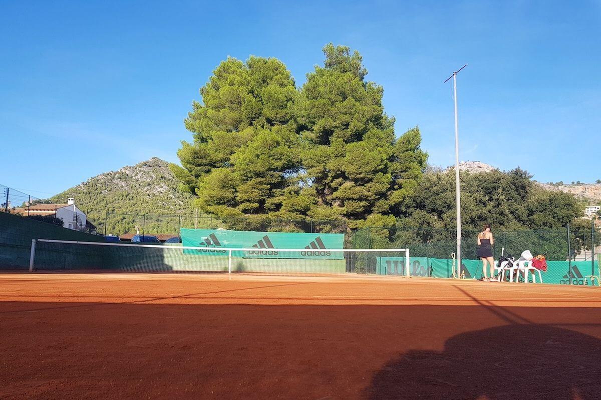Tennisplatz Canyamel