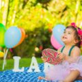 ersten Geburtstag feiern