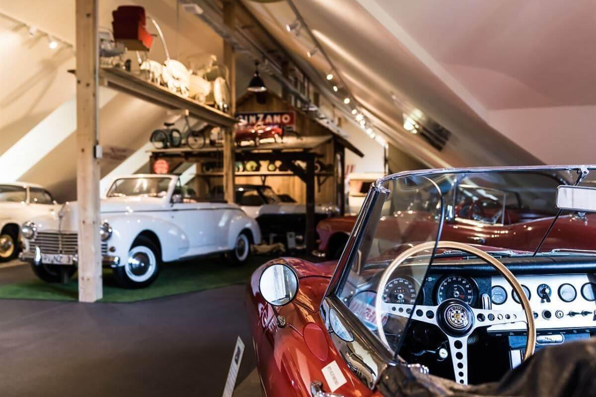 100 Jahre Zeitreise durch das Auto & Traktor Museum